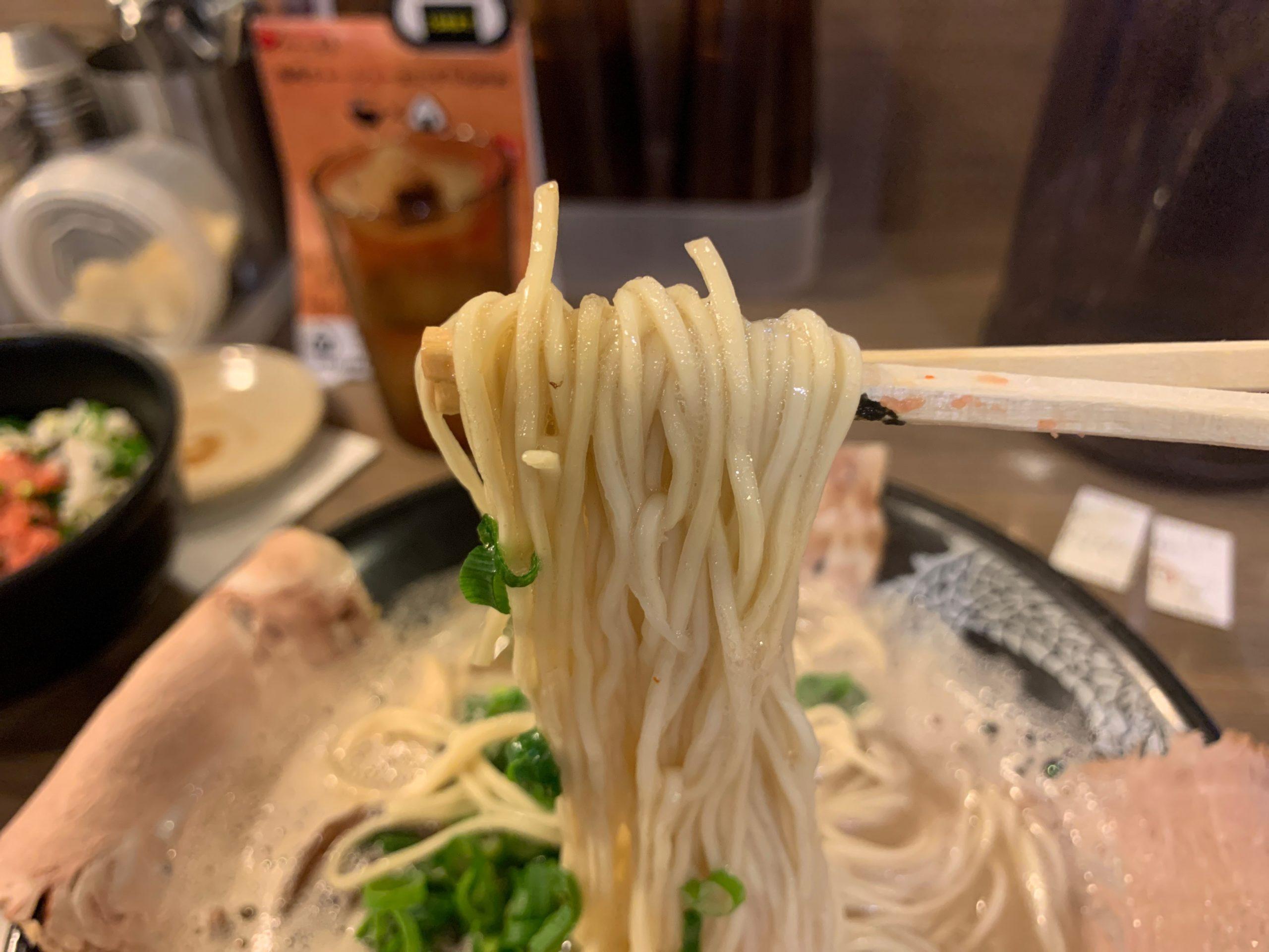 博多一幸舎の麺