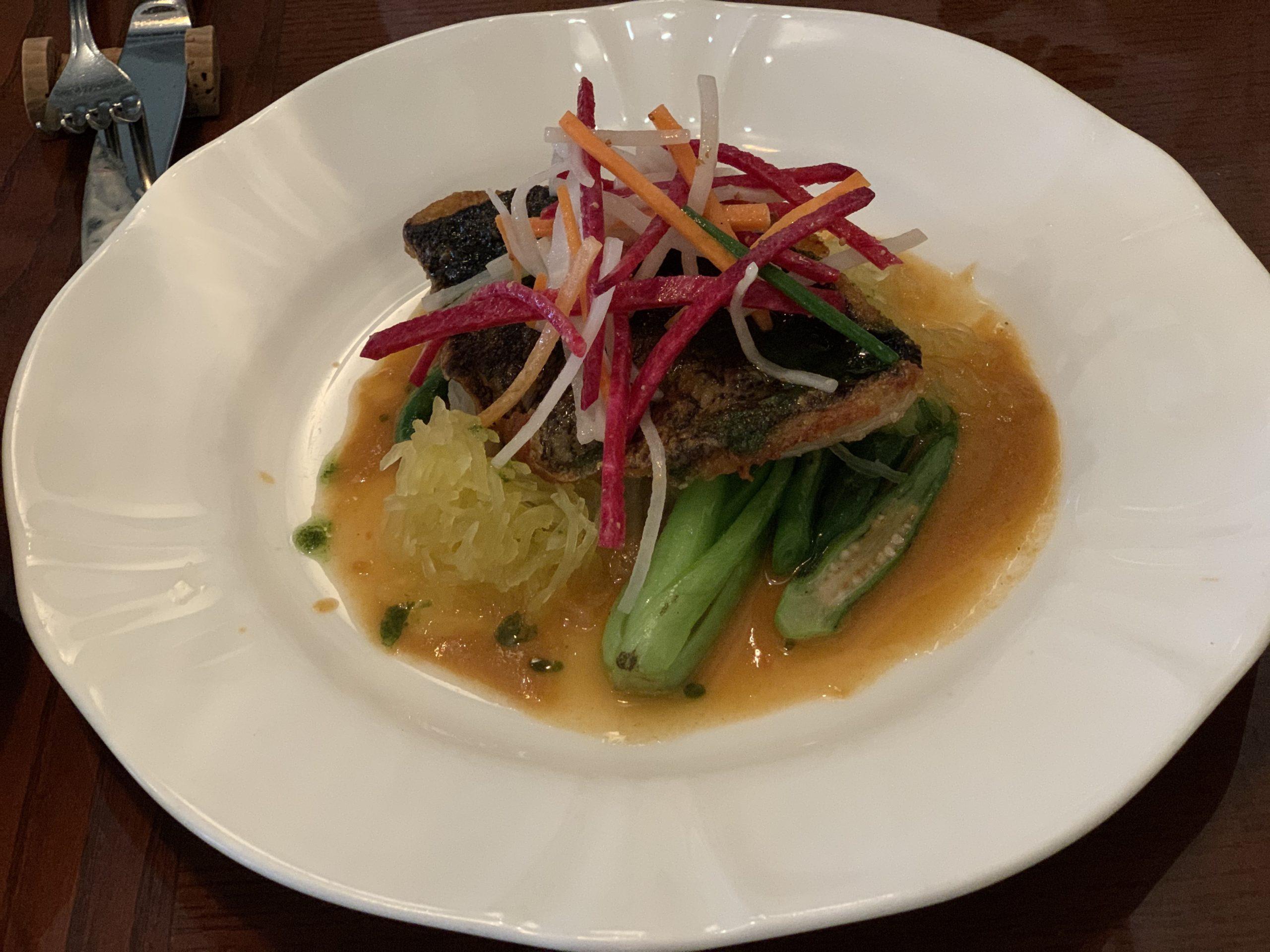 ビストロミツの白身魚のポワレ