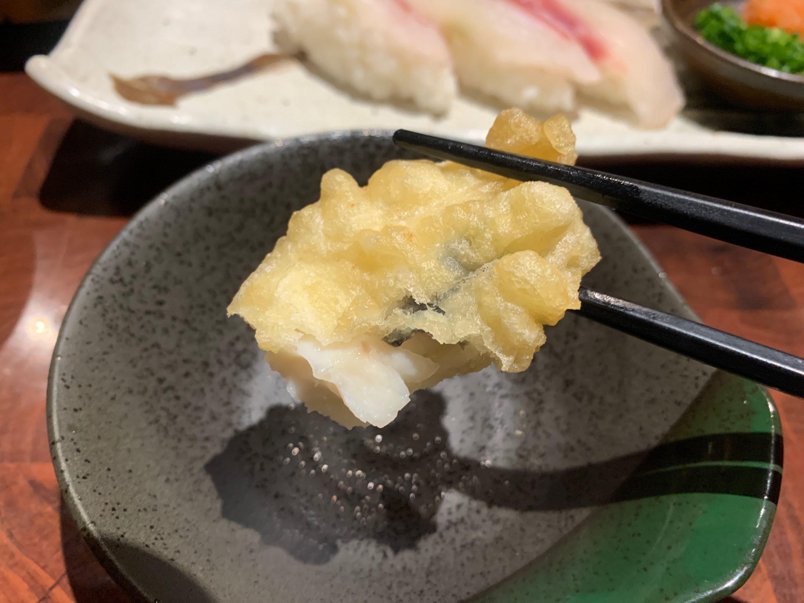湊水産の鯛の天ぷらの段目